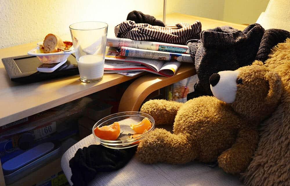 room-clutter