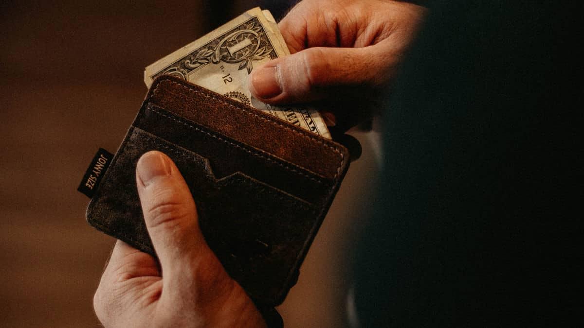 Websites where men give you money